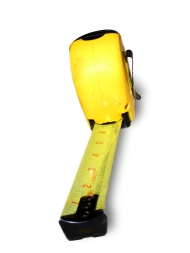 tool-series-tape-measure-1531236-639x852http-www-freeimages-comphotographere-master-38949