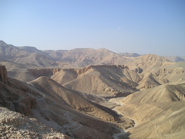 photo of a valley among many hills and mountains in the Egyptian desert